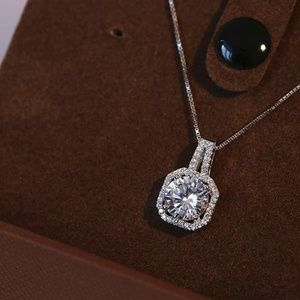 Jewelry - NEW sterling silver pendant necklace